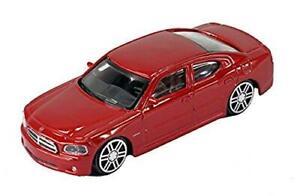 Burago-Diecast-Car-Dodge-Cargador-2006-Hemi-R-T-en-la-calle-se-reunio-rojo-fuego-Gama