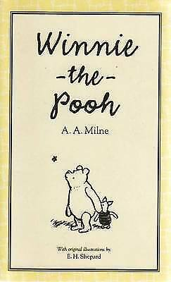 Winnie the Pooh (World of Pooh Collection), Milne, A. A., Very Good Book