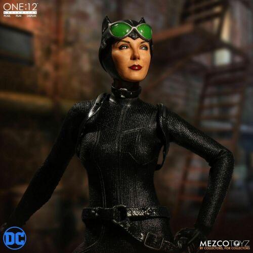 "NEW MEZCO TOYZ ONE:12 COLLECTIVE DC COMICS ""CATWOMAN"" COLLECTIBLE ACTION FIGURE"