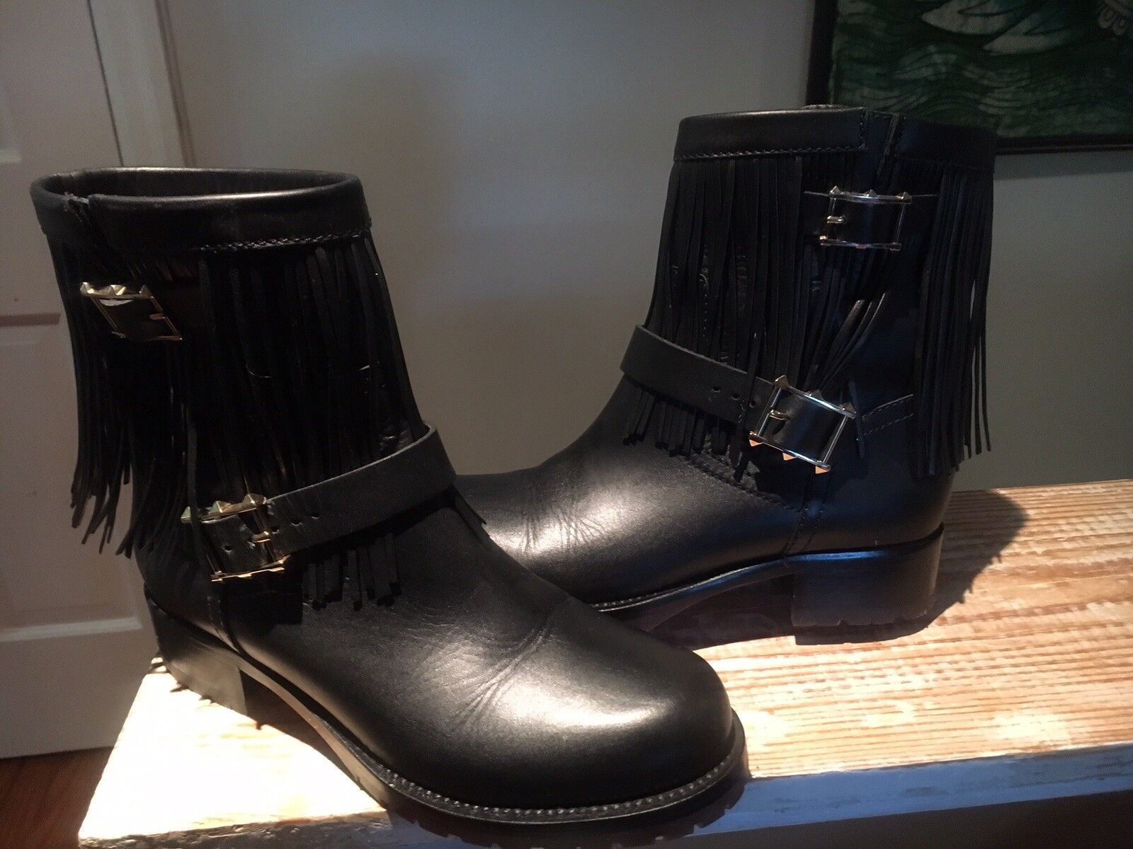 Valentino Fringe Trim Black Leather Buckled Ankle Ankle Ankle Boots. Size 37. bcfeb5