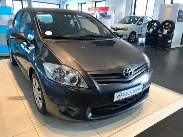Toyota Auris 1,4 D-4D T2 M/M - billede 1