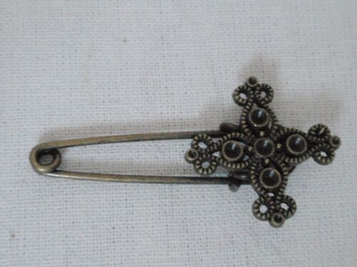 *NEW* vintage safety Cross pin brooch scarf shawl belt buckle