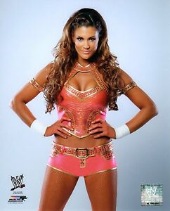 WWE-PHOTO-EVE-TORRES-WRESTLING-8X10-STUDIO-GLOSSY-PROMO
