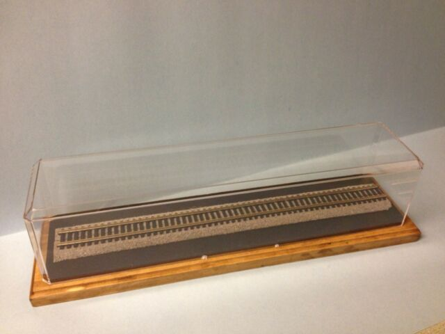 """HO SCALE 15"""" DISPLAY CASE WITH SOLID WOOD BASE. TRACK AND ROADBED INCLUDED"""