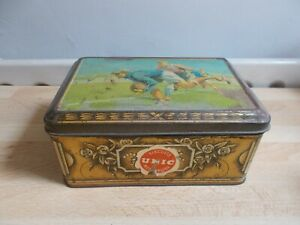Ancienne-boite-Biscuits-UNIC-decor-football