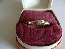 Schöner  Ring    333  Gold  mit Edelstein     Größe  57