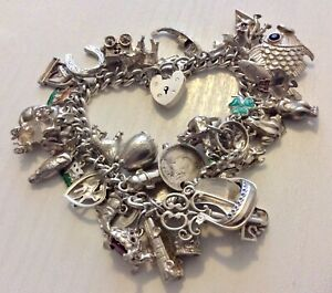 Good-Vintage-Very-Heavy-Solid-Silver-Charm-Bracelet-Around-105-grams