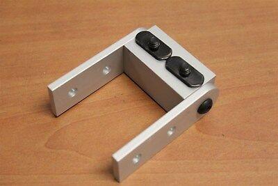 80//20 Inc Aluminum 10 Series Right Angle Pivot Nub Assembly Part #4006 D5-08