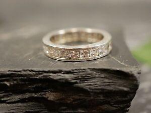 Funkelnder-925-Silber-Ring-Modern-Zirkonia-Memoire-Memory-Elegant-Edel