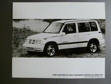 1996 Chevrolet Geo Tracker 4-Door LSi Hardtop B&W FACTORY Press Photo Awesome