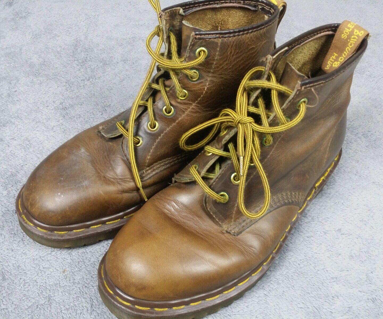 Dr Martens Boots SZ 8 Men Distressed Brown Leather Air Wair Slip Resistant shoes