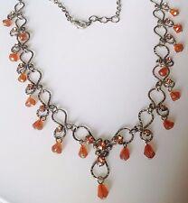 collier rétro chaine et déco couleur argent pampille poire orange en verre 478