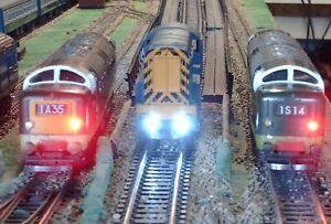 Diesel-Lights-LEDs-3mm-Free-resistors-and-postage-40LEDs-20R-20W