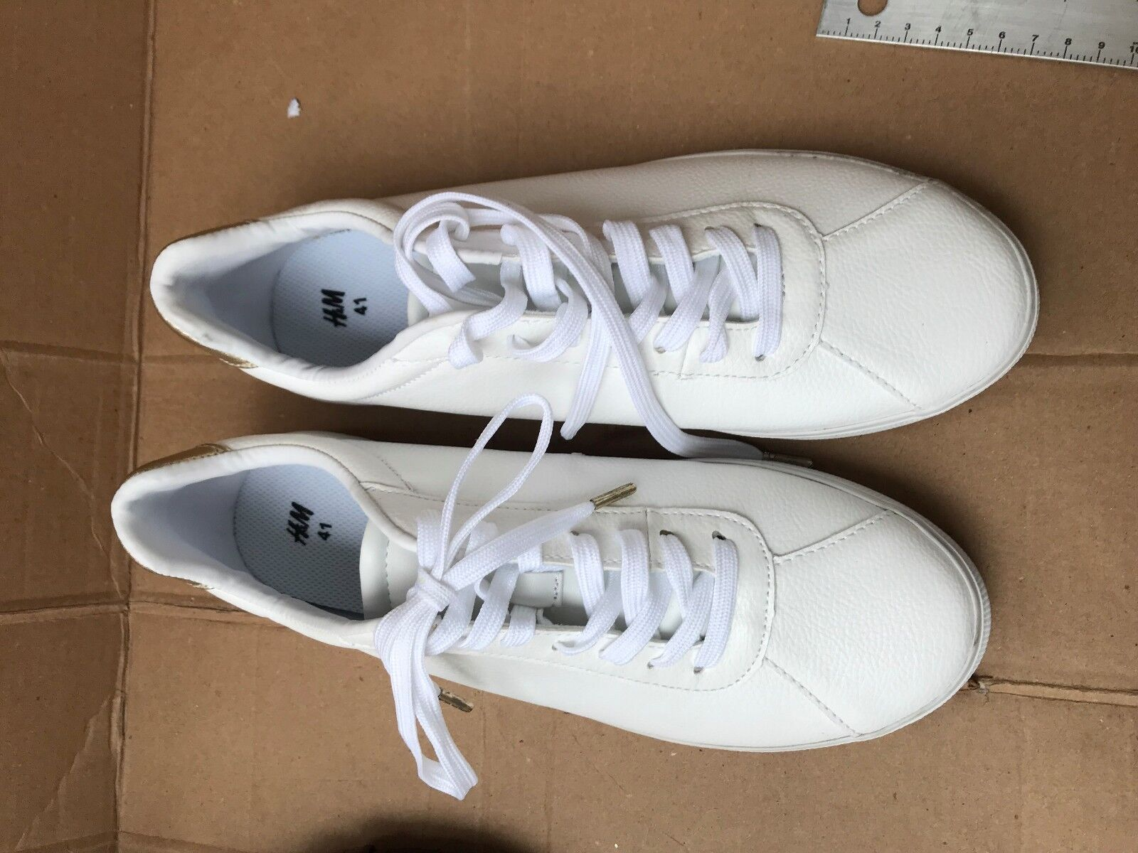 SNEAKERS TENNIS SHOES SIZE 9.5M