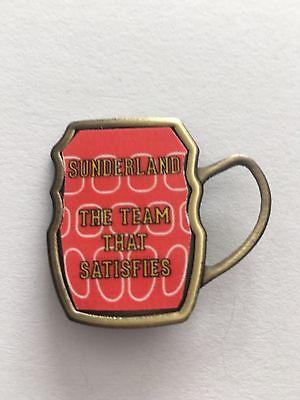 Sunderland  The Team That Satisfies Beer Mug INSERT METAL BADGE