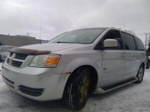 2009 Dodge Grand Caravan SE 514 219 3797 stow n go