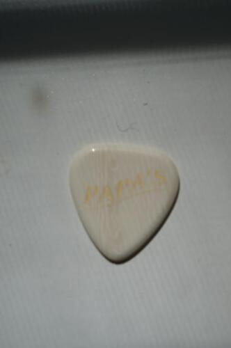 Heavy Papas Faux Ivoroid Guitar Pick 2.2mm