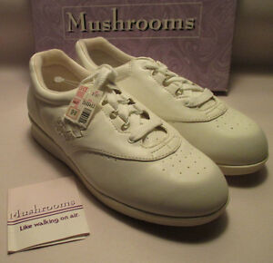 New Old Stock Mushrooms Womens 9 W Occupational White Sneaker Style Shoes