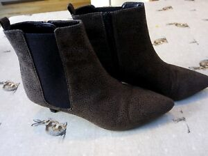 MARKS AND SPENCER M\u0026S ANKLE BOOTS SIZE