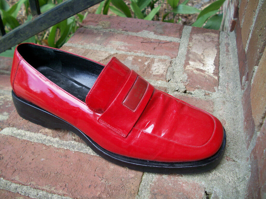 AUTHENTIC VINTAGE GUCCI LIPSTICK RED SHINY PATENT… - image 1