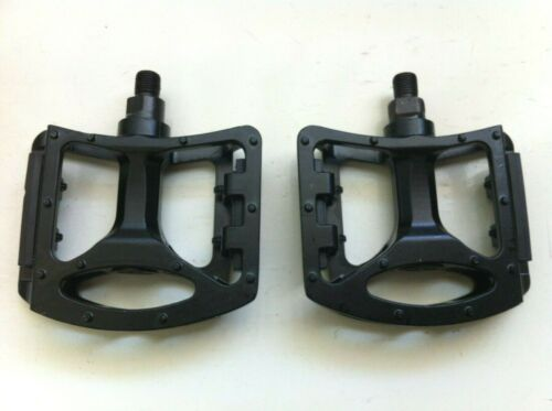 """Black Extra Wide Platform Bicycle Pedals Carbon Steel//Alloy 5/"""" x 3-1//2/"""" Bikes"""