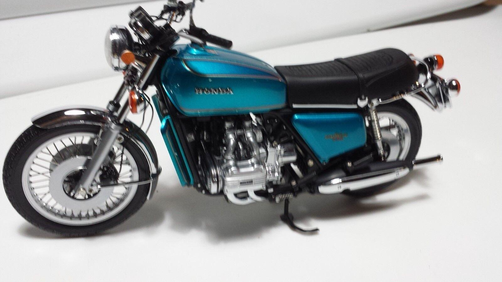 Honda orwing GL1000.  Minichamps 1 12