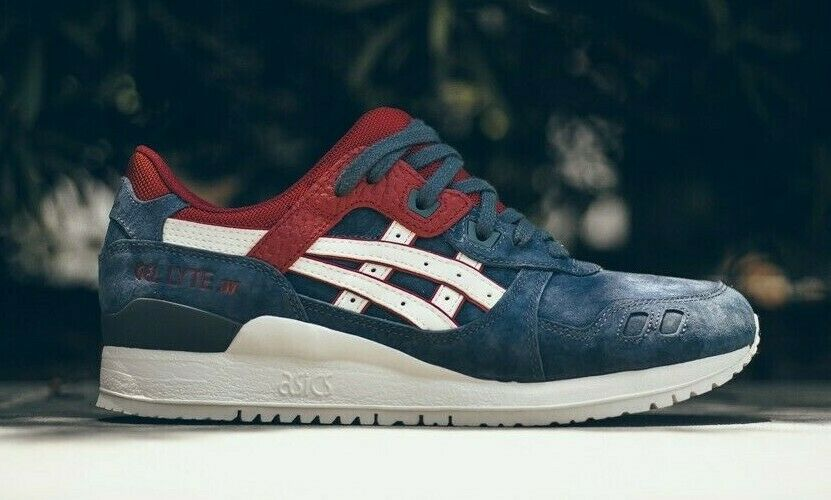red white and blue asics gel lyte 3