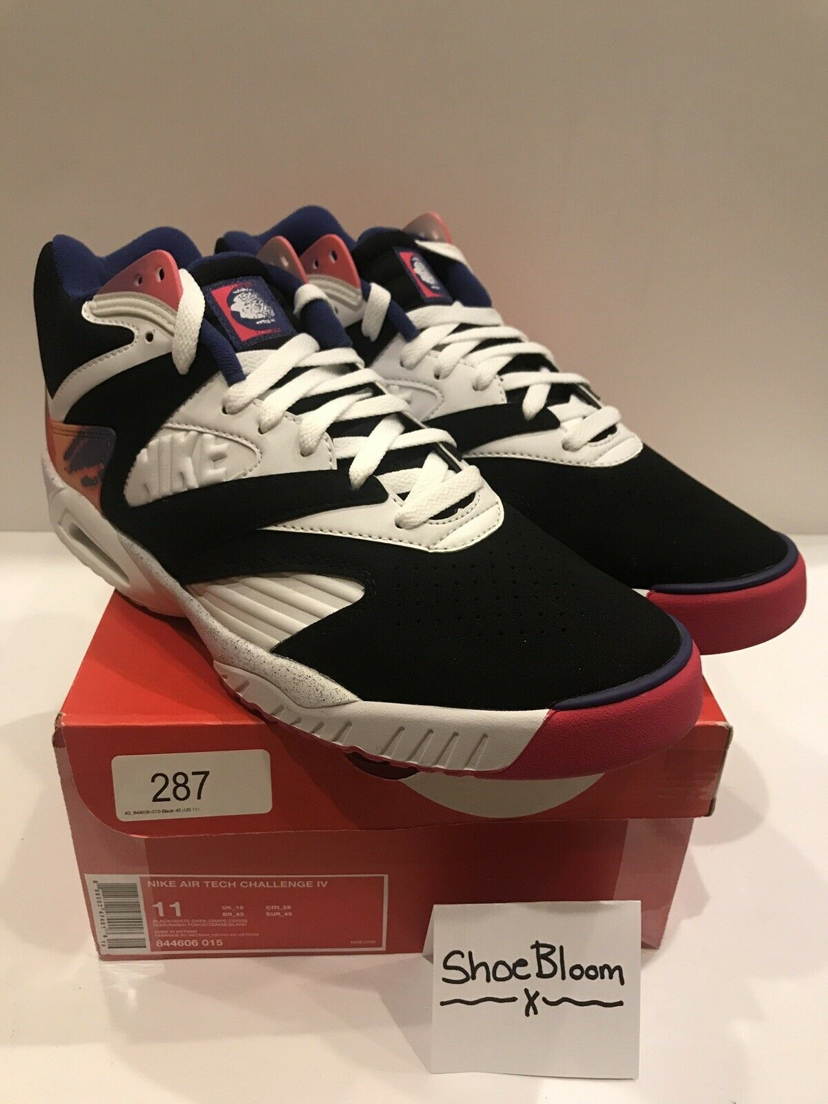 Nike Air Tech Challenge 4 UK 10 US 11