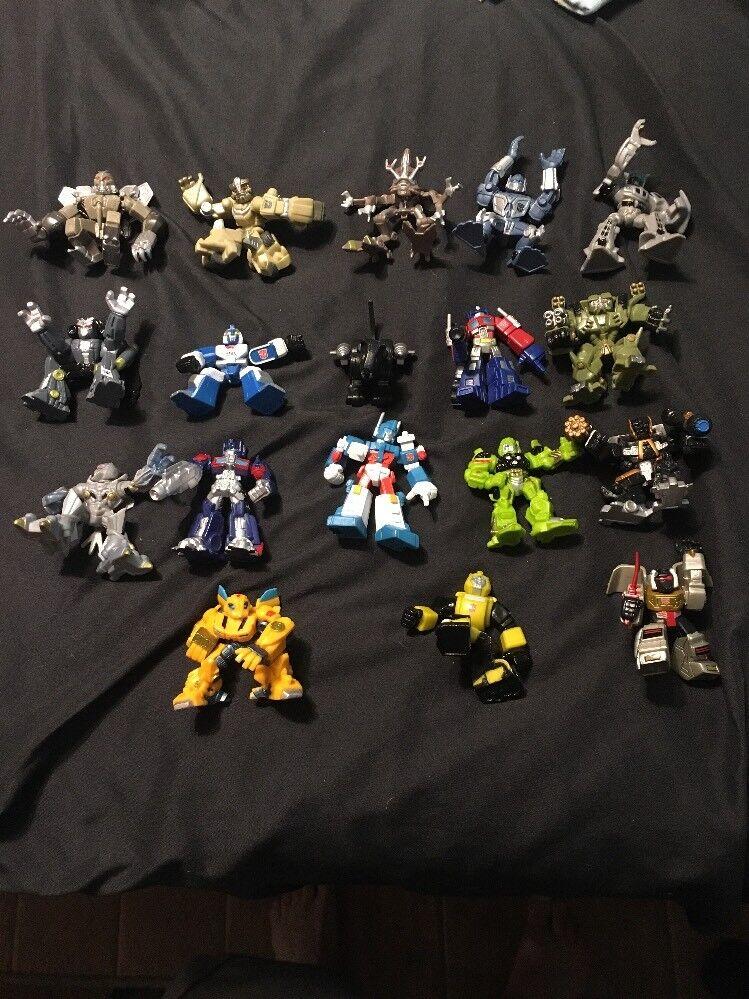 18 Hasbro TRANSFORMERS  ROBOT HEROES  2.5  FIGURES G1 2006 Autobots Decepticons