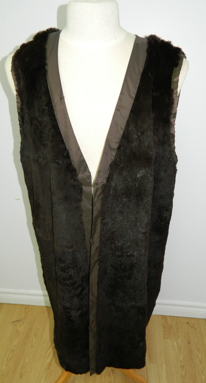 DARK BROWN SHEARED RABBIT FUR VEST INSIDE COAT LENGTH LENGTH LENGTH 39''  Sz.L      nE31 1df982