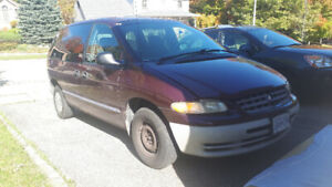 1999 PLYMOUTH VOYAGER GREAT CONDITION AS IS