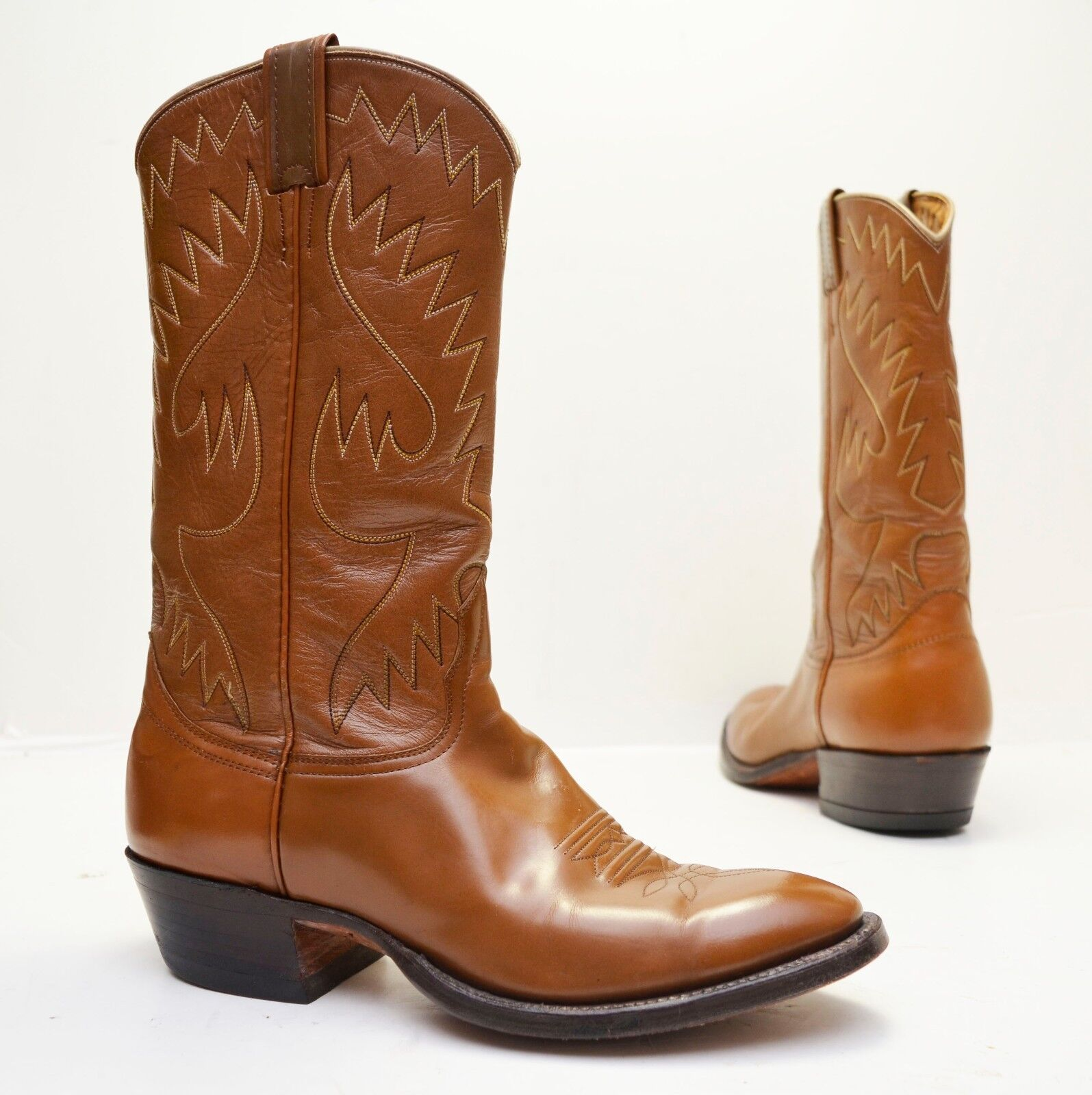 Vintage US Made Nocona Brown leather Brush Off Patent Western Cowboy Boots  Sz 9