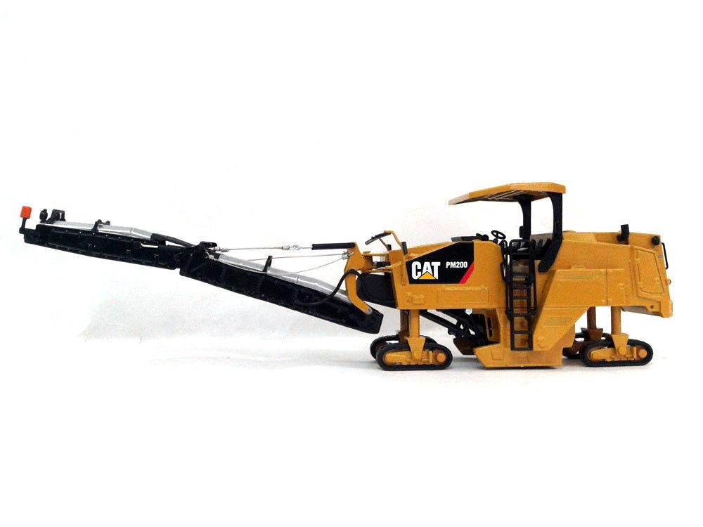 Caterpillar CAT PM200 Cold Planer 1 50 Diecast Modèle Jouet par NORSCOT 55286