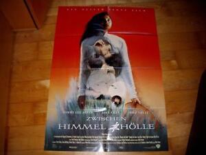 Kino-Plakat-Zwischen-Himmel-und-Hoelle-von-Oliver-Stone