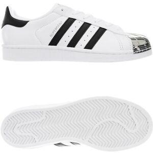 Damen Sneaker Low in Schwarz von adidas®   Stylight