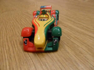 CARS-2-disney-pixar-RIP-CLUTCHGONESKI-MATTEL-SCALA-1-55-NUOVO-SFUSO
