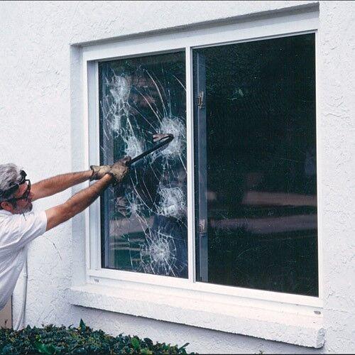 Película de la ventana de seguridad de 12 mil 60  de ancho x 1yd. se vende por la yarda como un rollo.