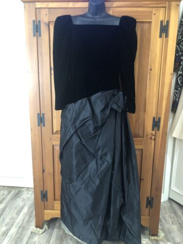 Arnold Scaasi Boutique Neiman's New Vintage 80s Bl