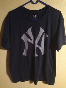 XL White New New York Yankees Majestic Men/'s MLB Prism T-Shirt