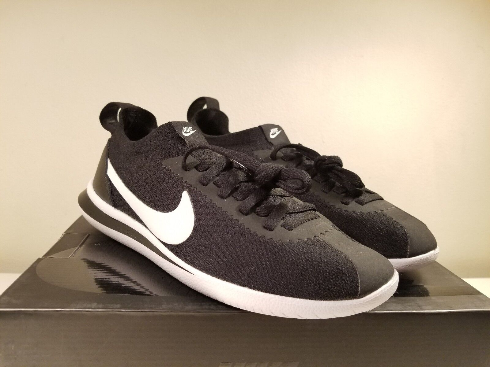 Nike Cortez Flyknit Classic Size Running Black White (AA2029-001) Size Classic 7 or Size 15 5d6fa0