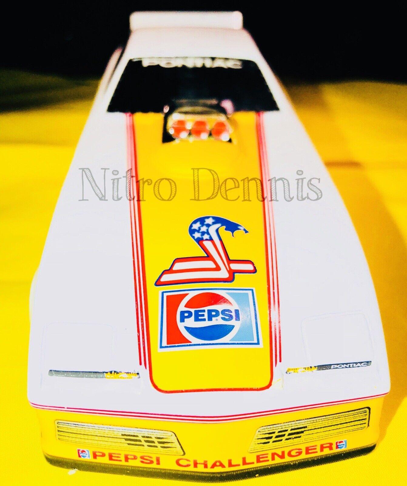 NHRA 1 24 Diecast Serpent TOP FUEL Nitro Drôle Voiture Don Prudhomme Pepsi Challenger