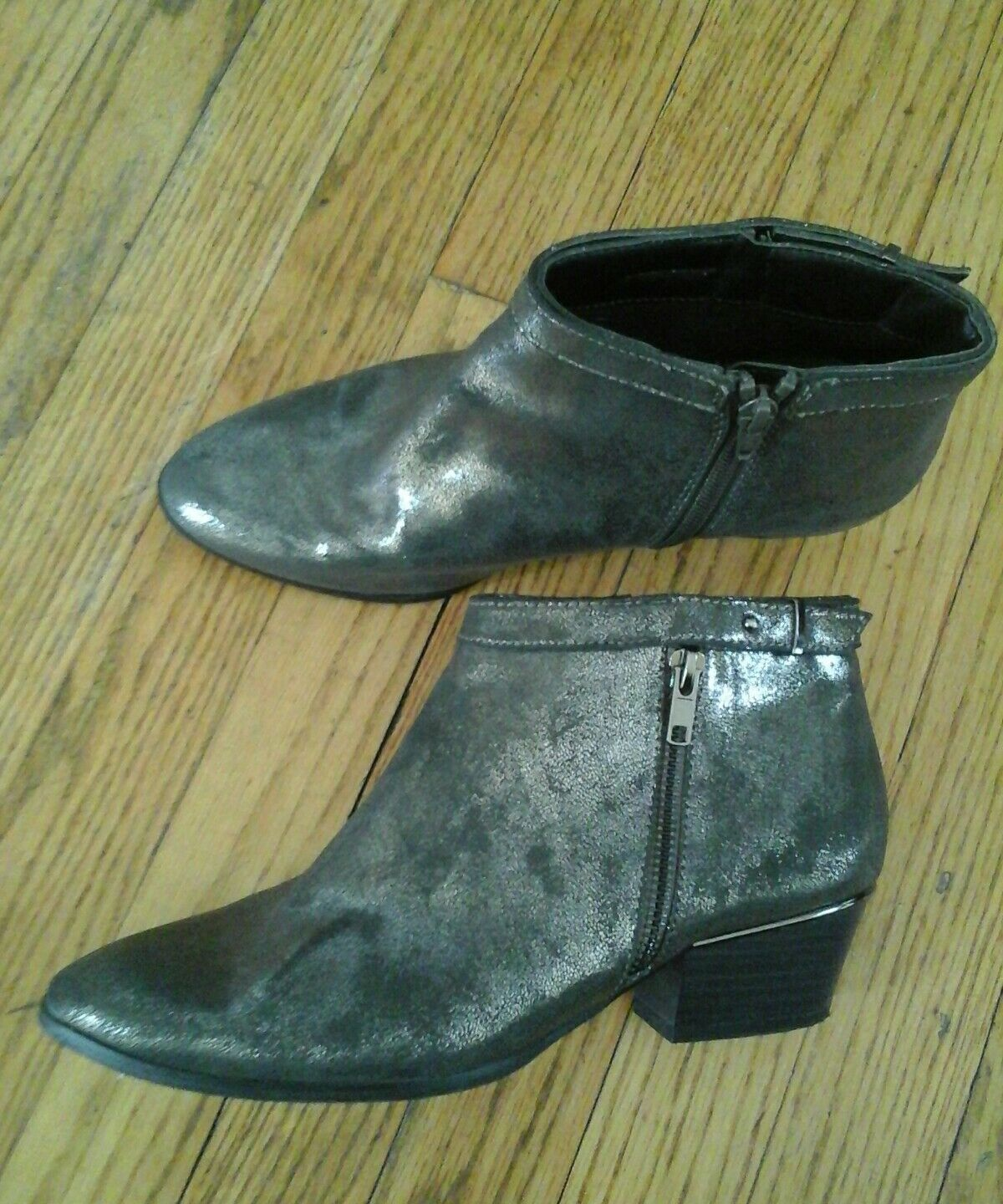 BEAUTIFUL HEYRAUD WOMAN'S SHOES BOOTIES GRAY SILVER SIZE 5 GREAT CONDITION