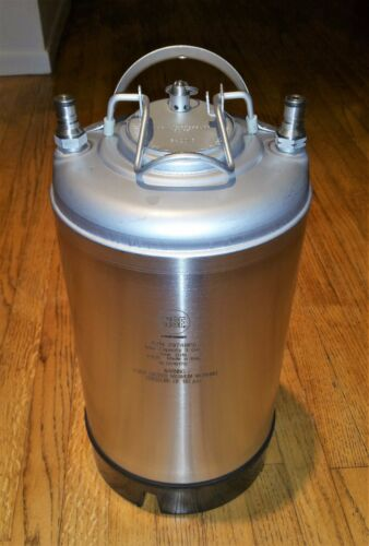 NSF # 29748PS 3 Gallon Ball Lock Keg Stainless Steel New In Box Never Used 2//6