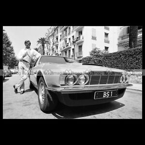 pha-022274-Photo-ROGER-MOORE-ASTON-MARTIN-DBS-THE-PERSUADERS-AMICALEMENT-VOTRE