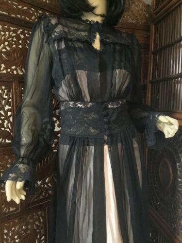 Vintage 1940's/1950's Peignoir Set Black Sheer Rob