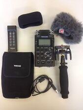 Tascam Dr -100 Mkii Grabadora PCM lineal paquete Inc Control Remoto + KIT de AUDIO Rycote