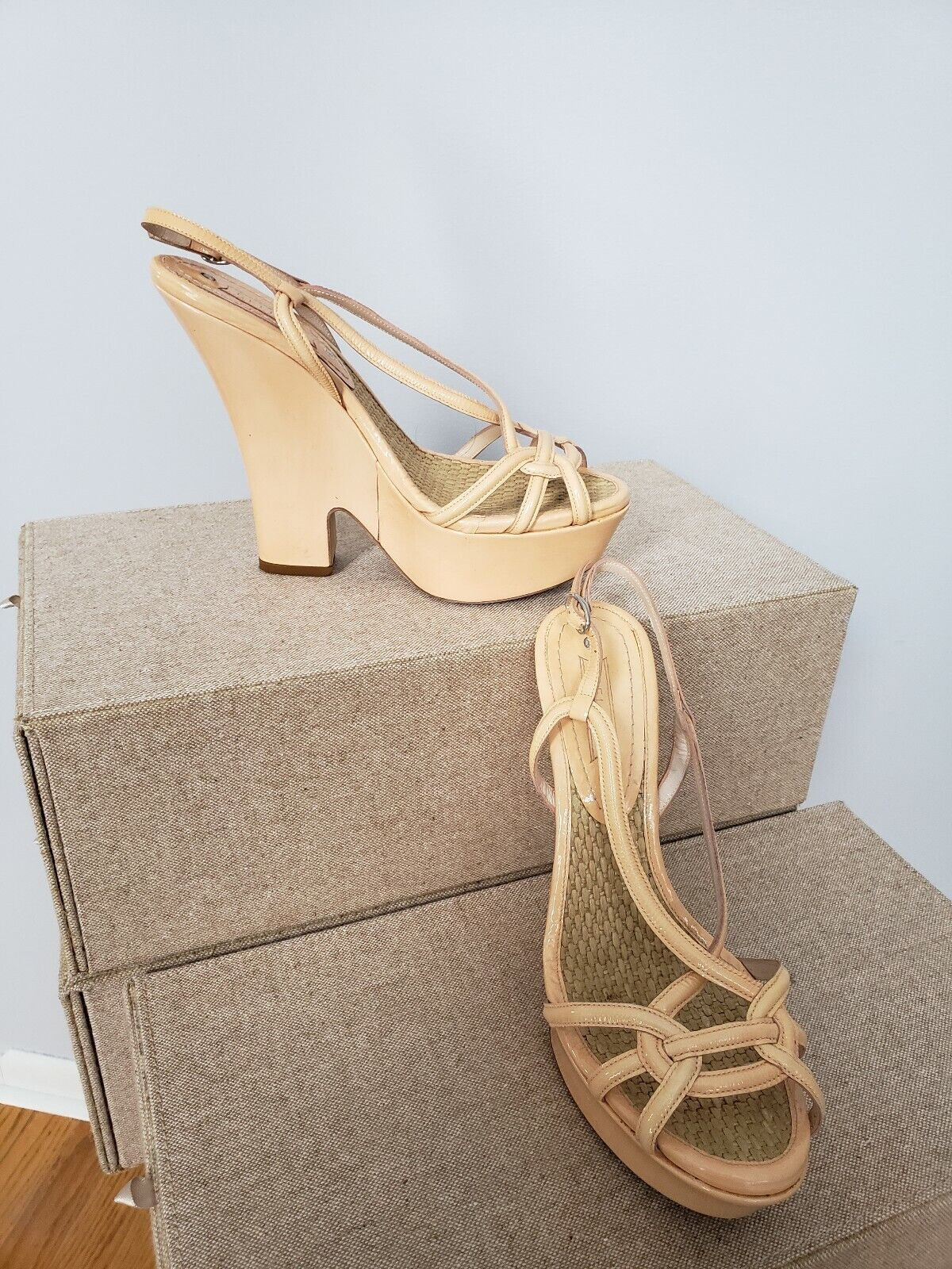 una marca di lusso Celine Leather Wedges Wedges Wedges strappy ankle wrap scarpe bo  650 Sz 38  per il commercio all'ingrosso