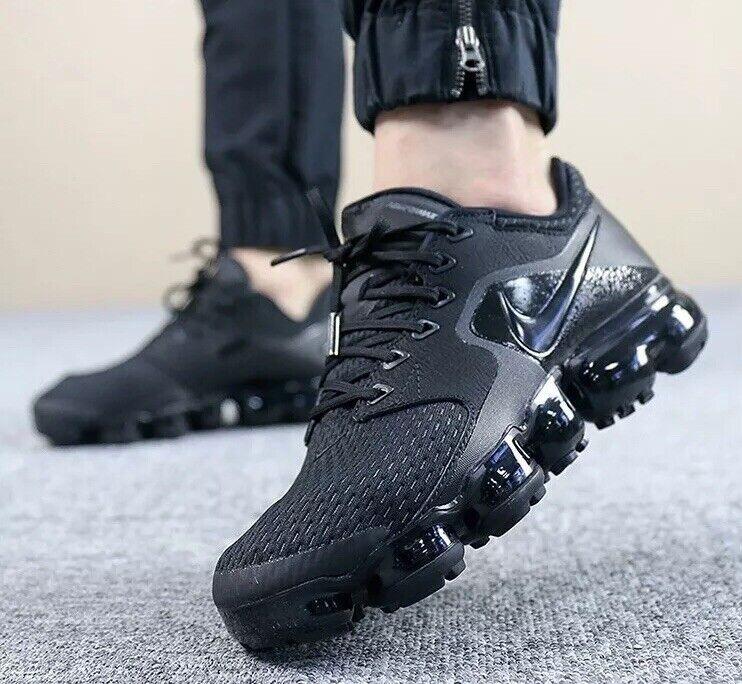 Nike Air Vapormax AH9045-002 Triple Black Size UK 4 EU 37.5 23.5cm New