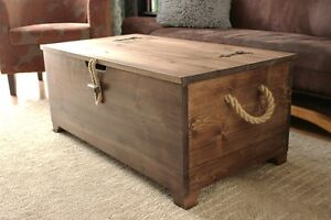 ... Rustic Wooden Chest Trunk Blanket Box Vintage Coffee