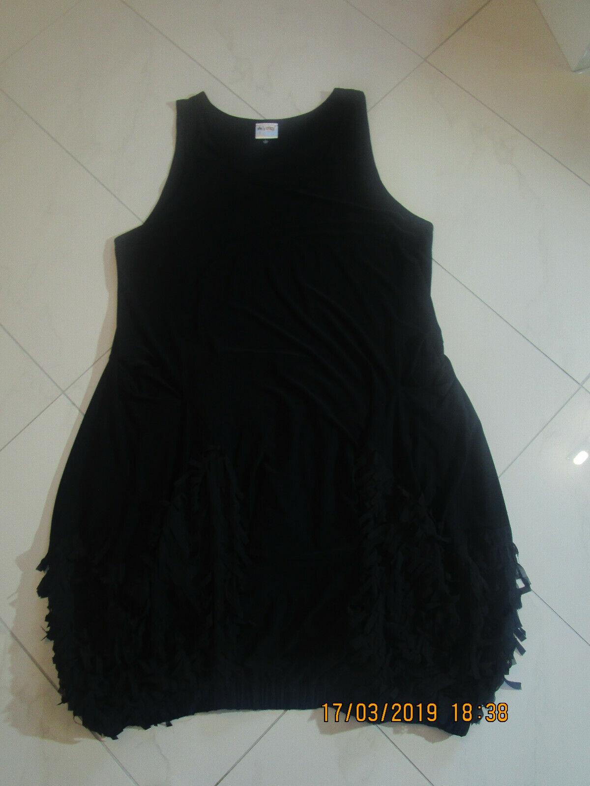 Damen Kleid von   She`s Grasy    Gr. 44  schwarz 5e4c06